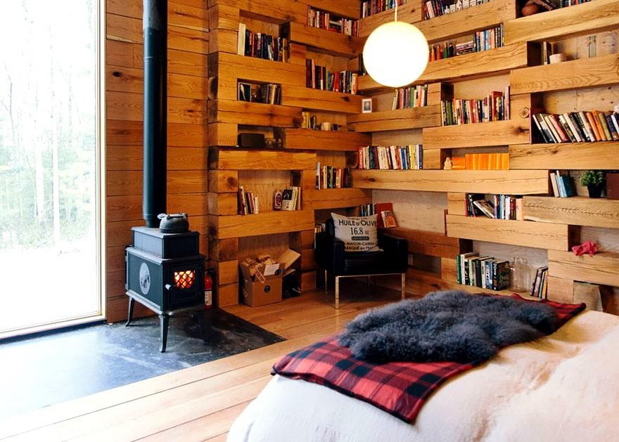Secret Library Hemmelig Rom stove and bed