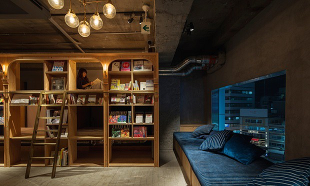 chambre book and bed