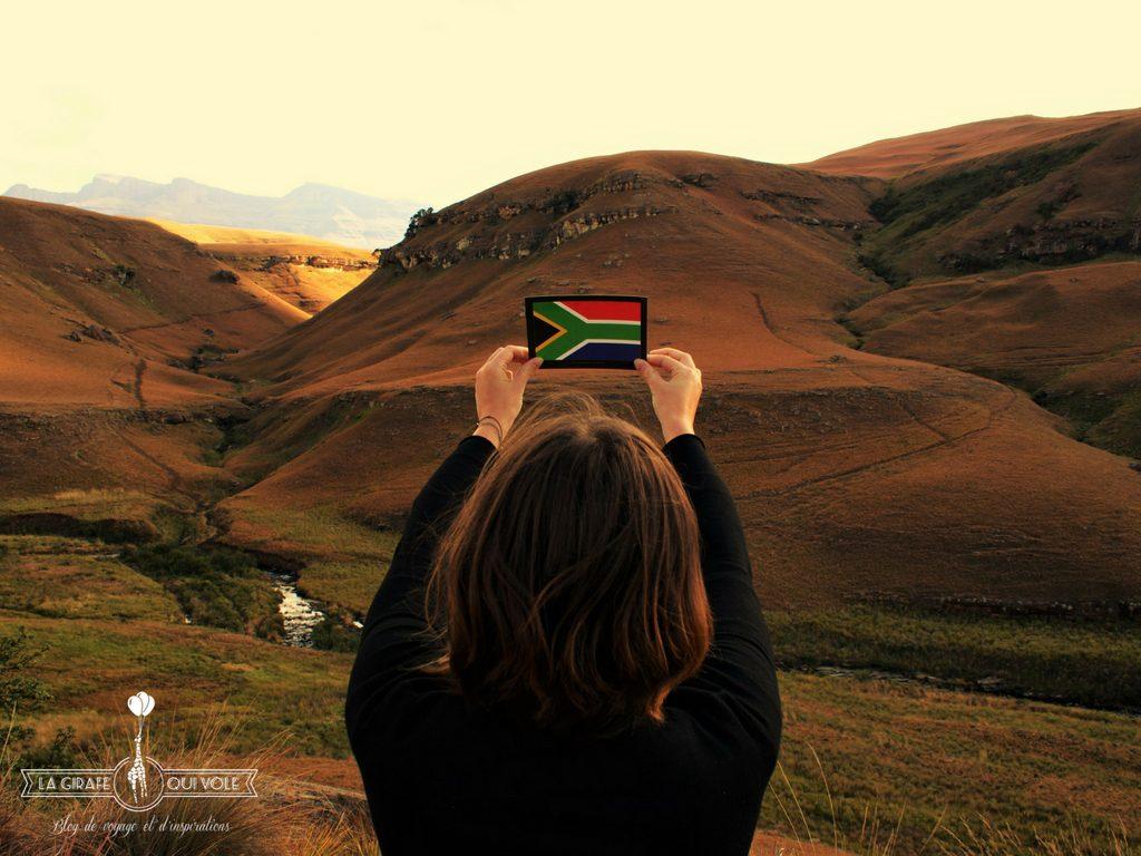 Marlène et son petit drapeau de l'Afrique du Sud