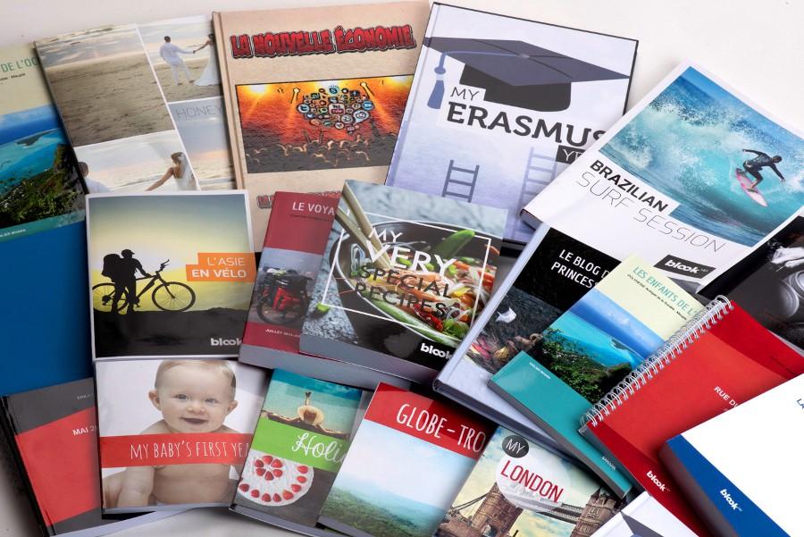 Pile de livres à couvertures solides