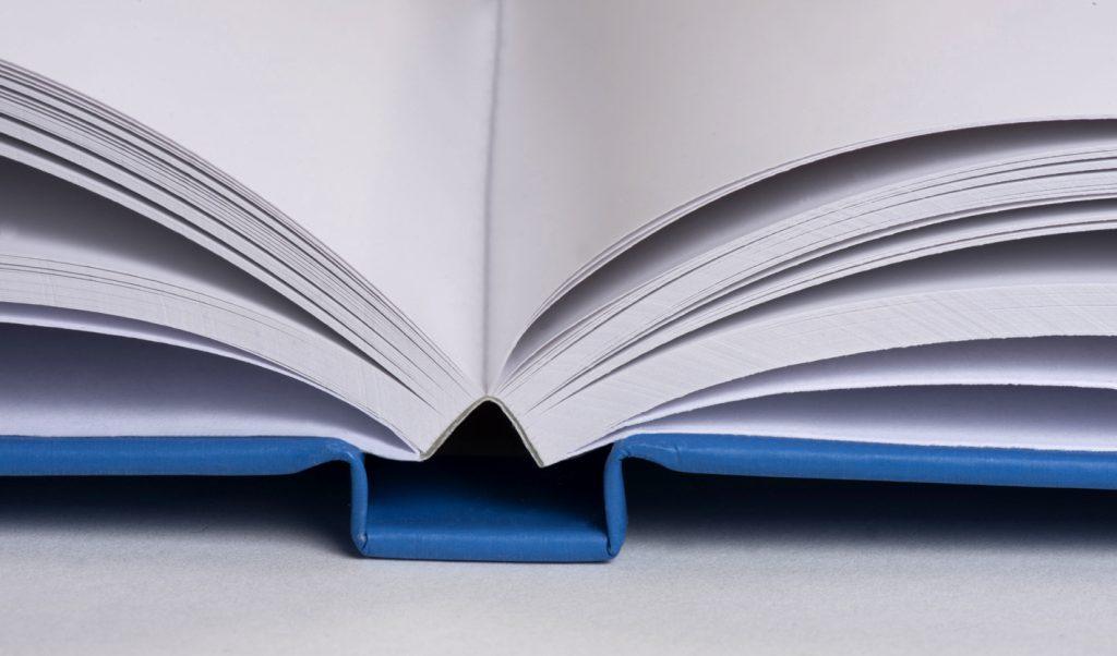 Un livre à couverture solide
